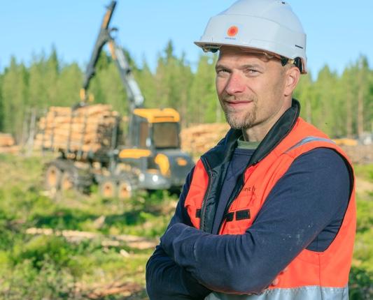 Ammattitaitoinen henkilöstö ja nykyaikainen kalusto tuottavat monipuoliset metsäpalvelut